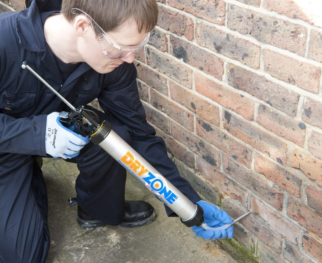 Damp Proofing Contractor installing Damp Proof Course